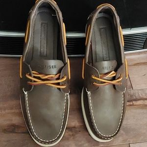 Tommy Hilfiger bowman boat shoes brown leather 8